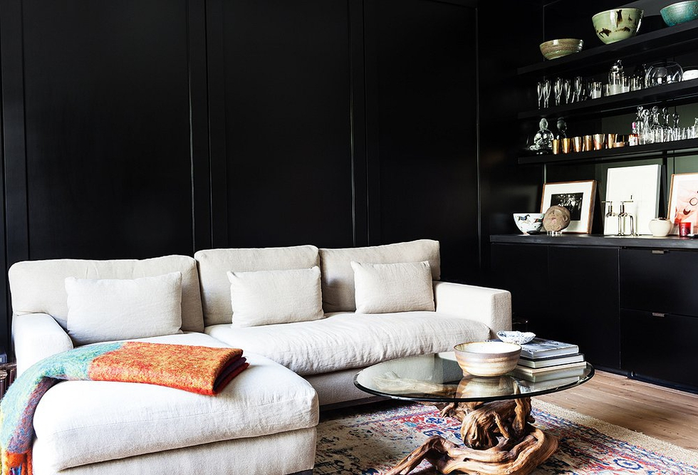 6 Brilliant And Beautiful Black Rooms