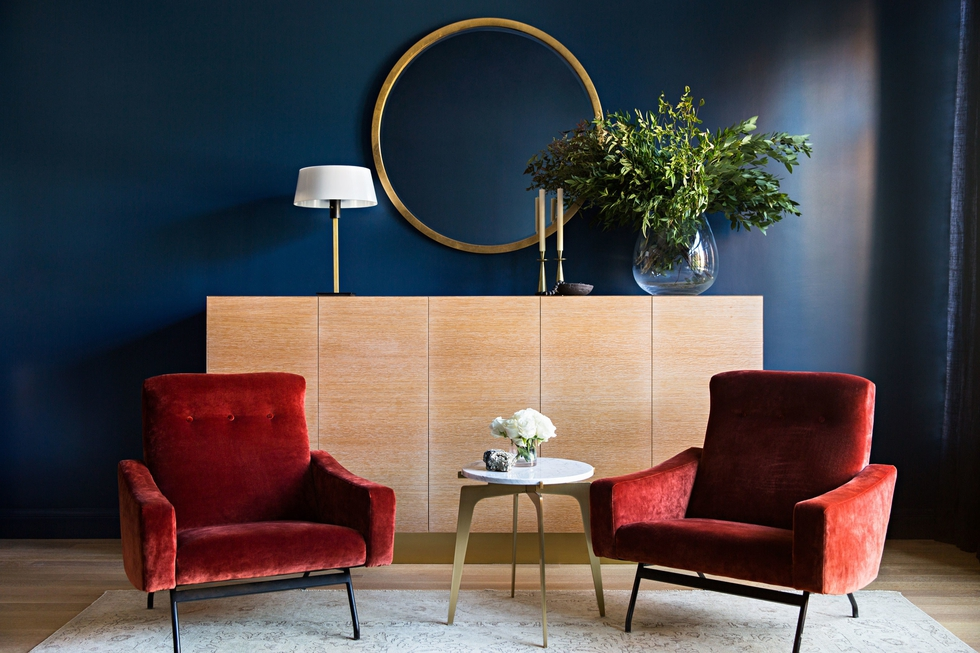 5 Living Room Ideas Inspired By Pantone S Color Of The Year Decorist