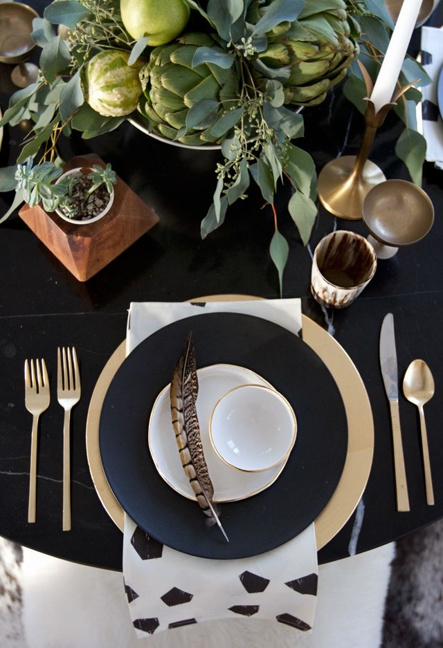 6 tips to create a gorgeous and easy thanksgiving table decorist. Black Bedroom Furniture Sets. Home Design Ideas