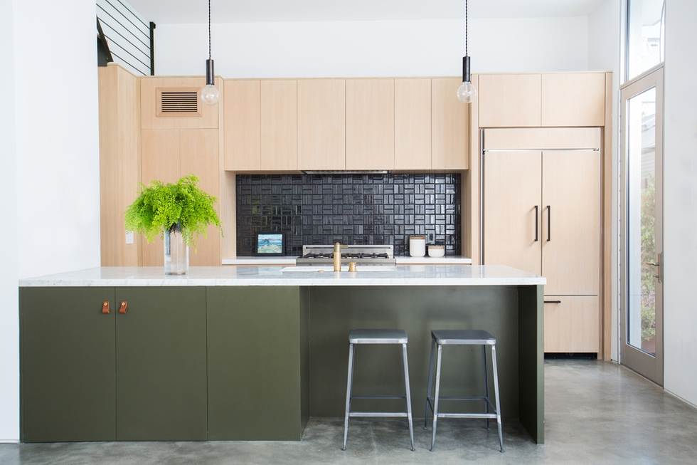 "Trend Alert: ""Unmatching"" Cabinets"