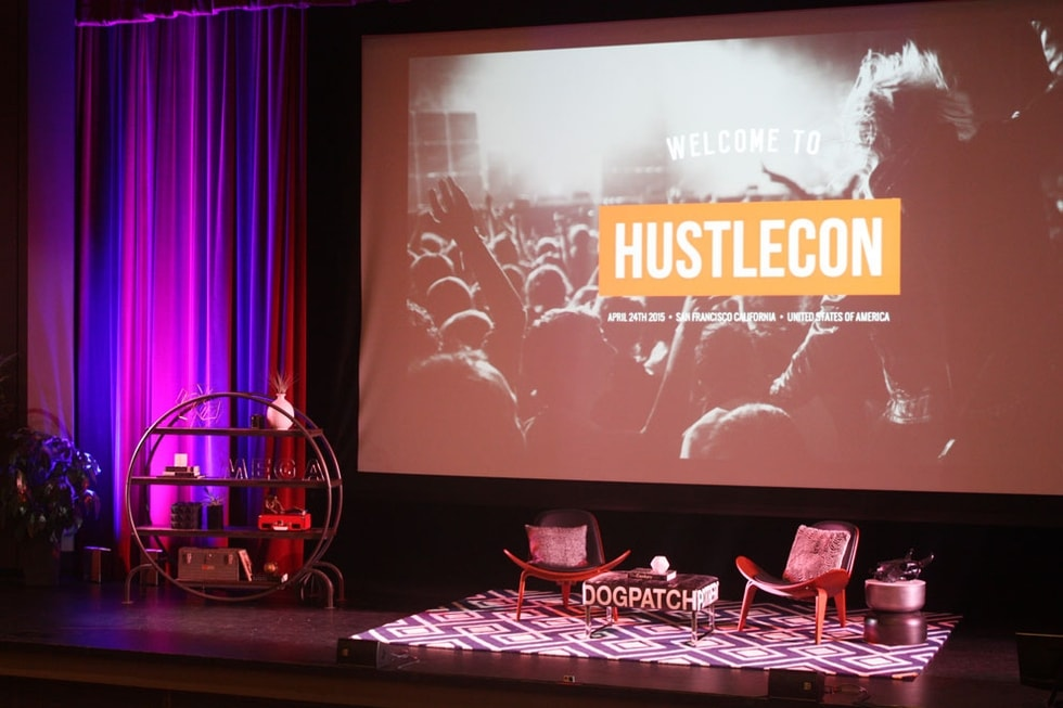 Hustle Con Conference: Decorist designed stage