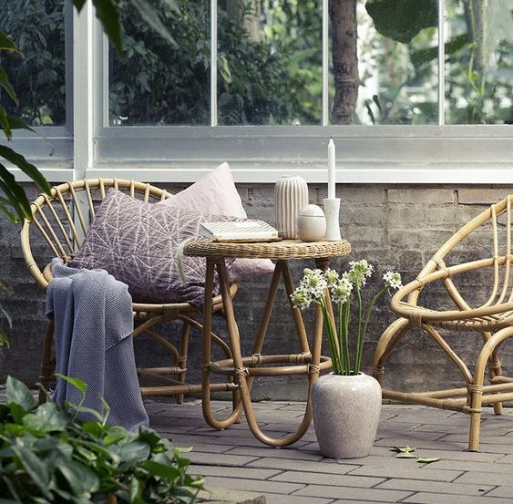 Rattan Chairs for the Outdoors