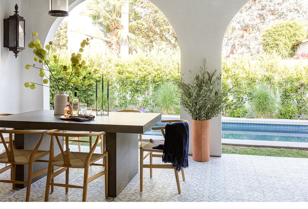 Outdoor Dining Room by Studio Lifestyle