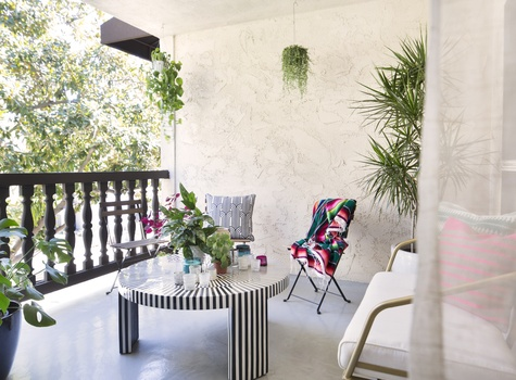 Stylish Outdoor Patio by Online Interior Designer