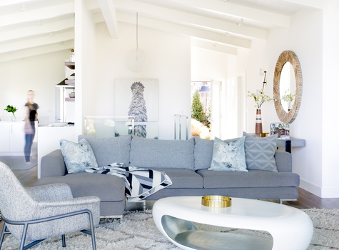 Eclectic Living Room Design by Gracie Turner
